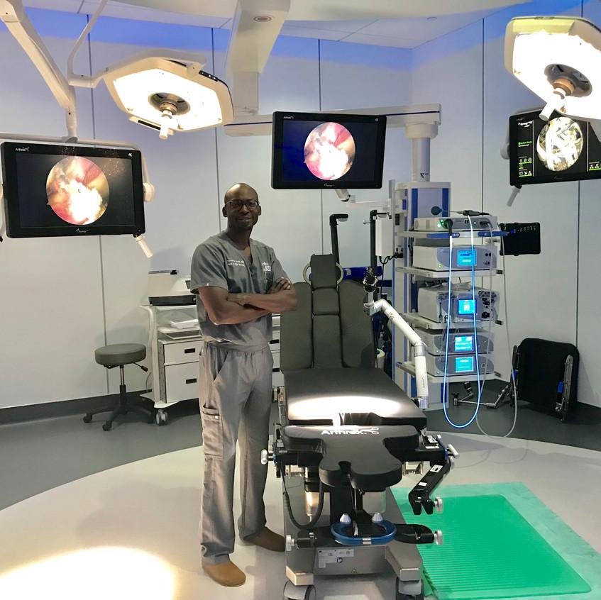 Sagini - hand surgeon