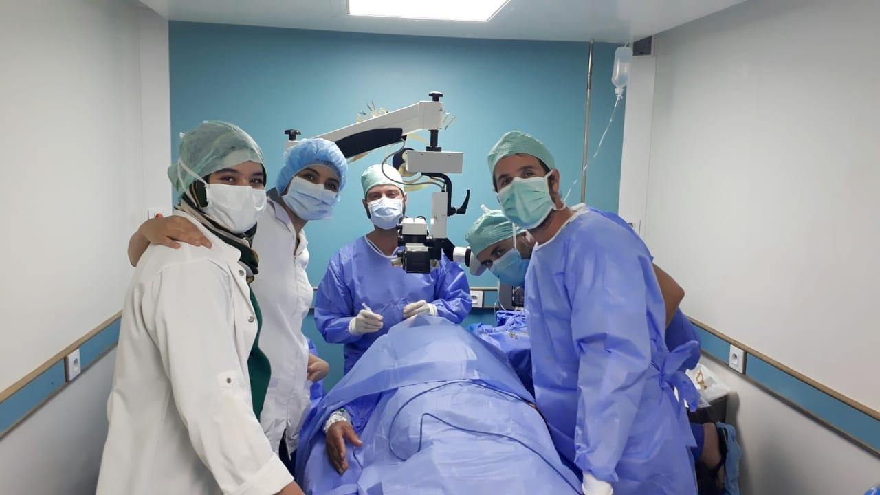 En salle opératoire