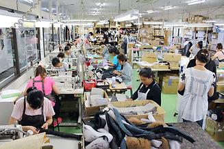 高木ミンク 工場作業の画像