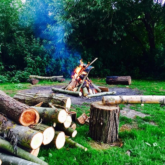 Campsite with firepits Hertfordshire