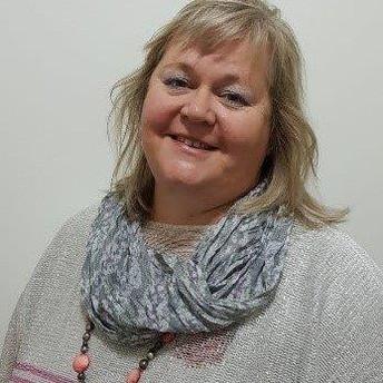 Intro: Teacher Juli Schaapp