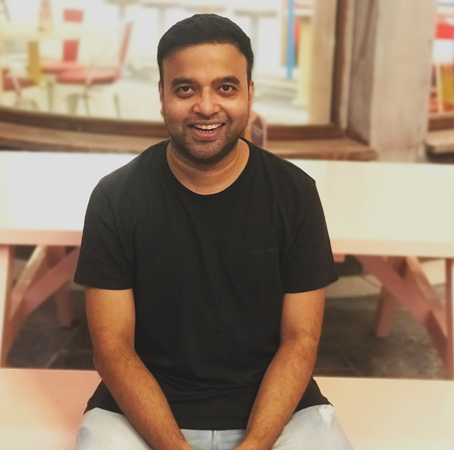 Serial entrepreneur Waqar Azmi has launched Smart Business Box to help startups and SMEs