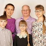 Jim-and-Olya-Wiens-Family-2018.jpg