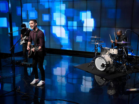 "CHECK OUT BANNERS' LIVE ON WITH KELLY & RYAN SINGING MASSIVE HIT ""SOMEONE TO YOU"""