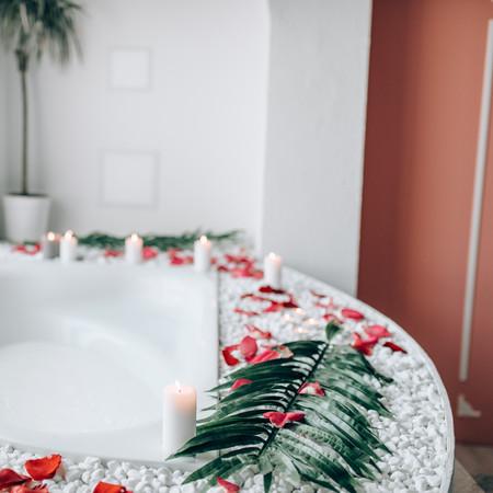 Island Style Romantic Bath