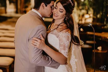 ana Caroline e Marcos - Vestido Lucas Anderi para Villa Novia
