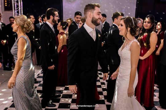 casamento-patricia-e-fernando-na-igreja-sao-benedito-e-espaco-jau-por-fernando-roque-fotografia-em-jau-sp_0699-1024x682.jpg