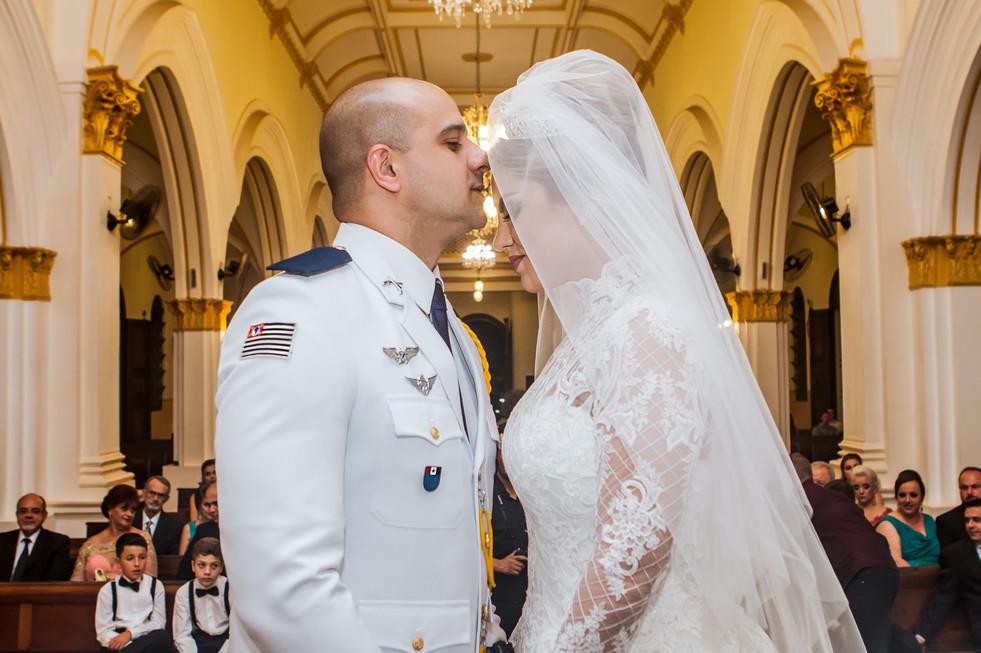 Casamento-de-bruna-e-bruno-em-dois-corregos-sp-camera-4-fotografia -  (4).jpg