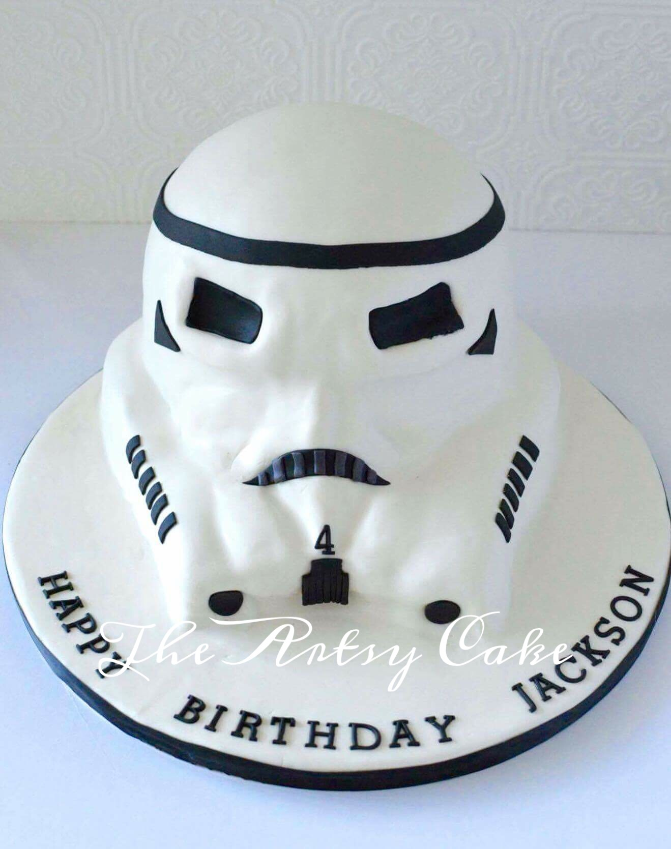 Stormtrooper sculpted cake