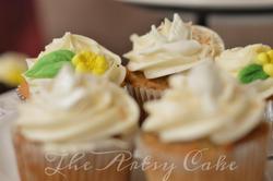 Dove wedding cupcakes