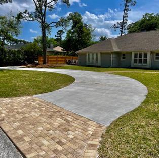 Concrete and Pavers Driveway