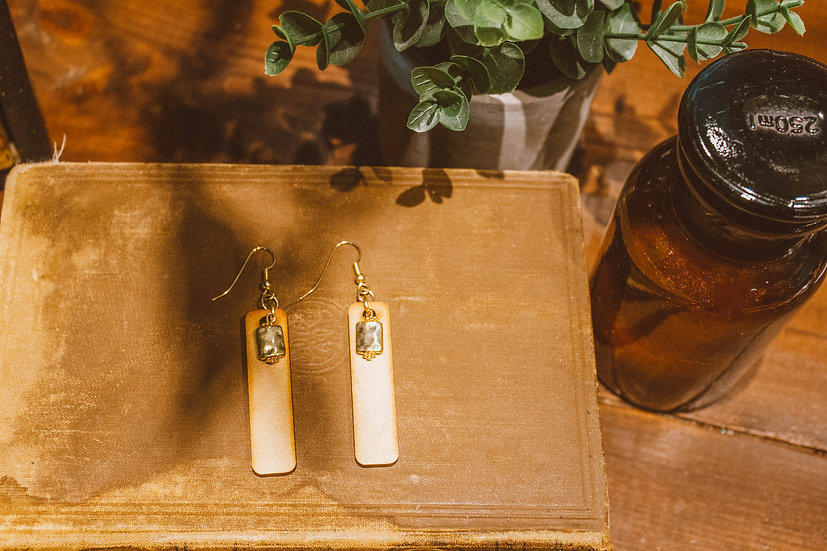 Wood and gold colour earrings