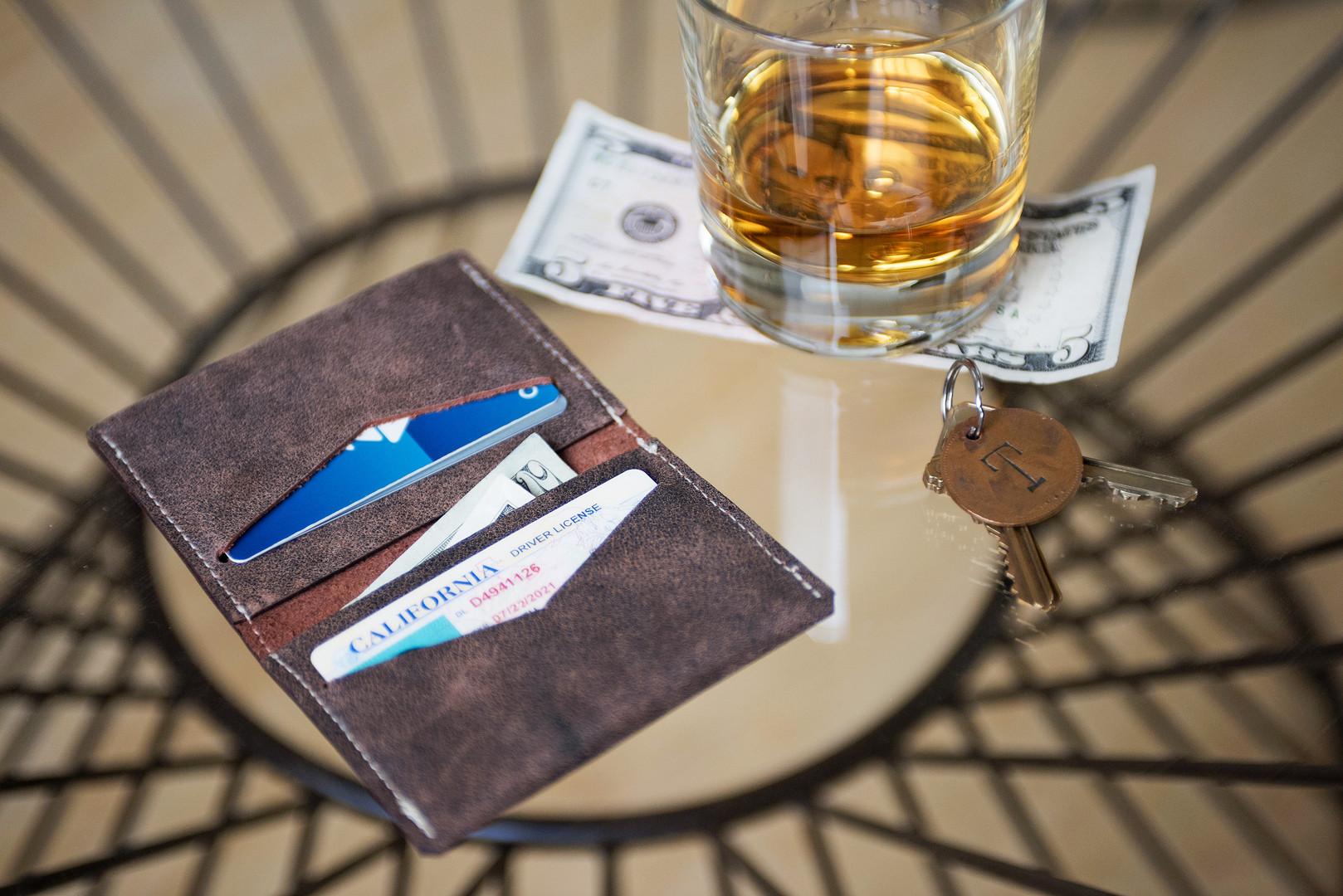 timmymays_barrow leather wallet_lifestyl
