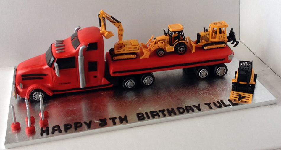 Specialty car cakes by Cakes by Kim, Central Otago  Truck Cake
