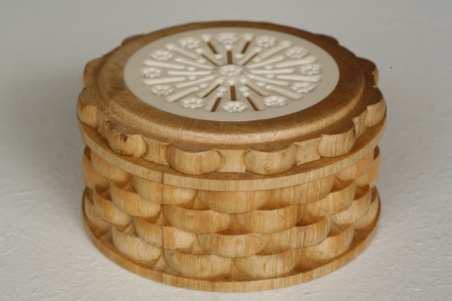 Basket Weave Box with Rosewindown Inlay