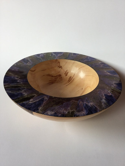 Bowl with Irridescent finish
