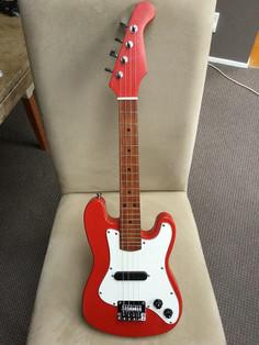 Stratocaster style Ukulele