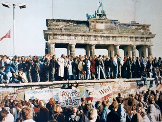 #486 In the News, Referendum on Slavery, Berlin Wall November 8, 2019