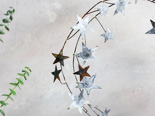 Nkuku Star Wreath