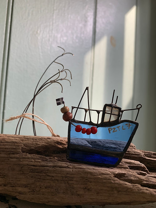 Cornish Beach Handmade Cornish Fishing BoatPZTL7
