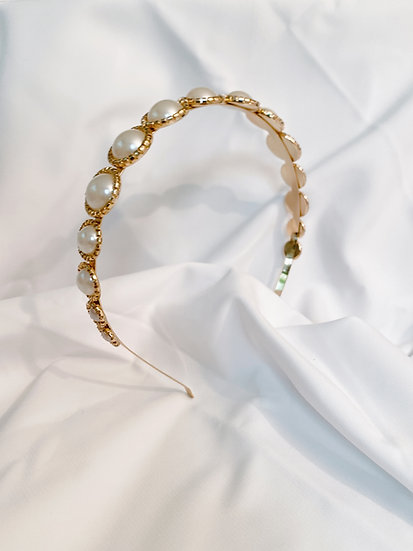 PEARLS CROWN GOLD
