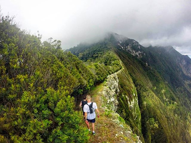 🔝💥Crashing the 'The Lost World Experience' ridges on a run done to perfection.