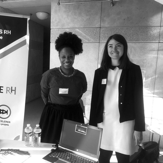 2 porteurs de projet au stan du Printemps de l'innovation RH