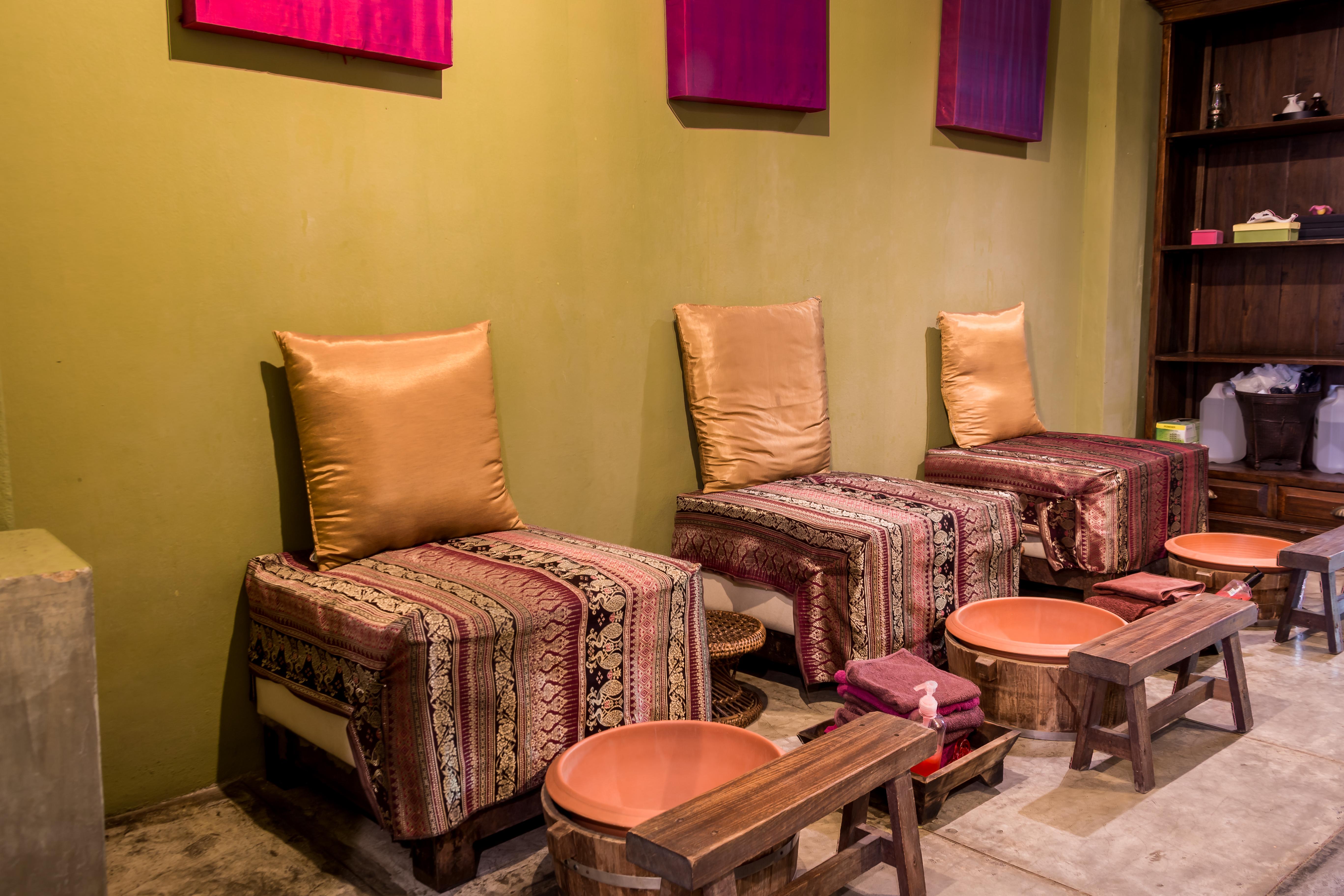 Foot Massage Seats