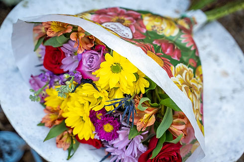 mixed-bouquet-in-paper-sleeve-.jpg