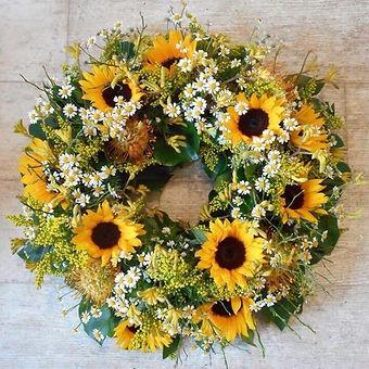 Sunflower wreath.jpg