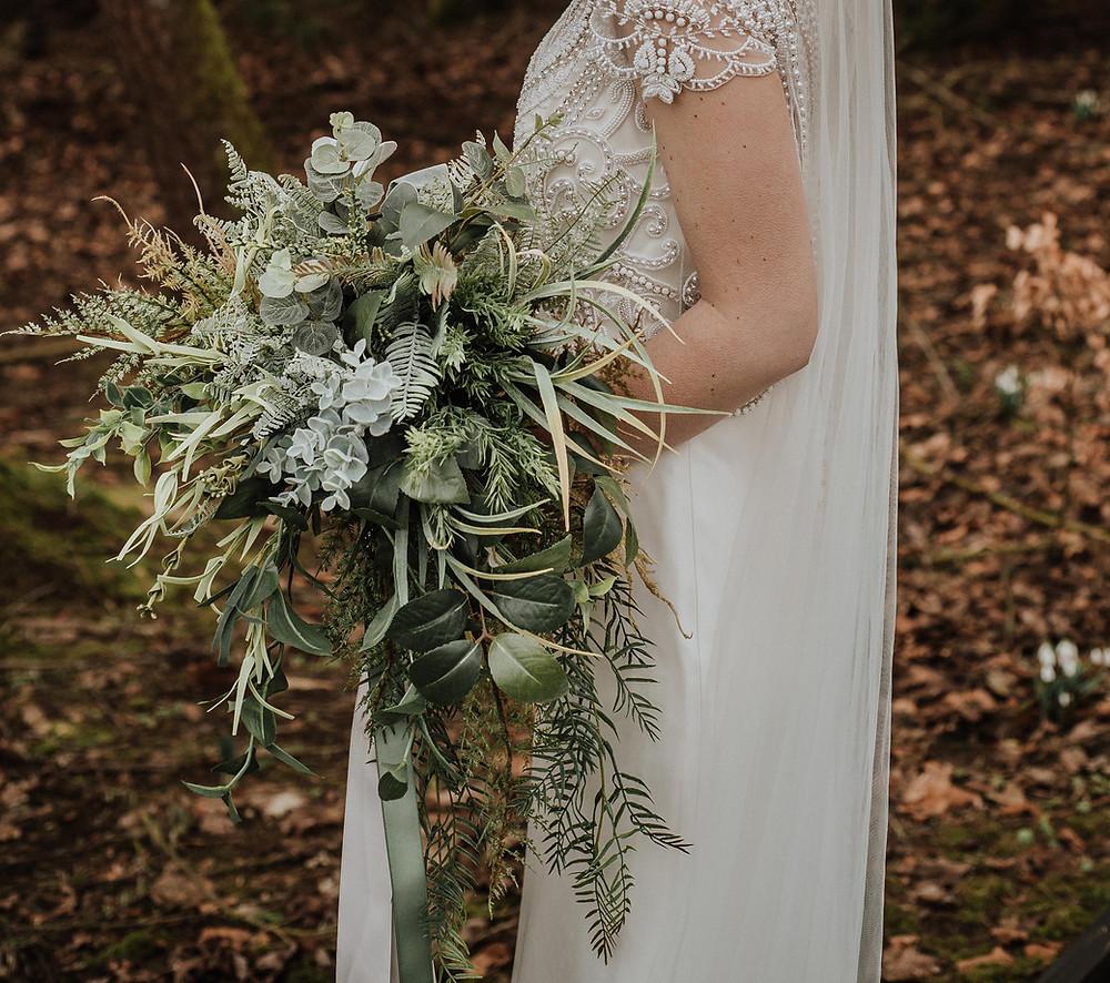 Artificial wedding bouquet - Innocent Chaos