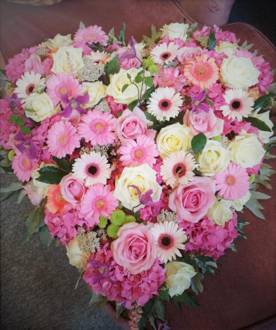 Rose, Hydrangea, Clematis & Gerbera Heart