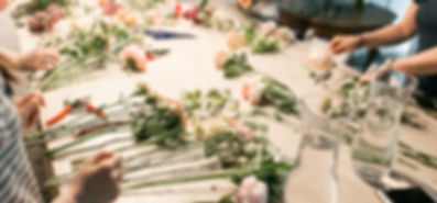 Floristry workshops - have fun whilst learning a new skill. Workshops around Sussex. South Downs Floristry School