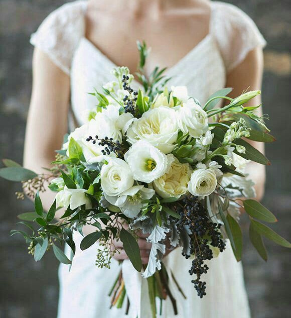 Natural white bouquet
