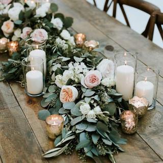 Trestle table decor garland