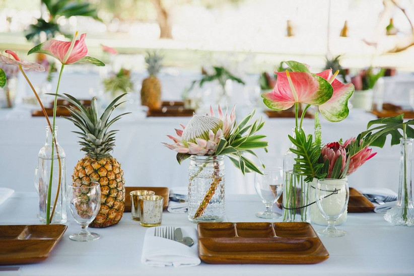 Tropical flowers and fruit