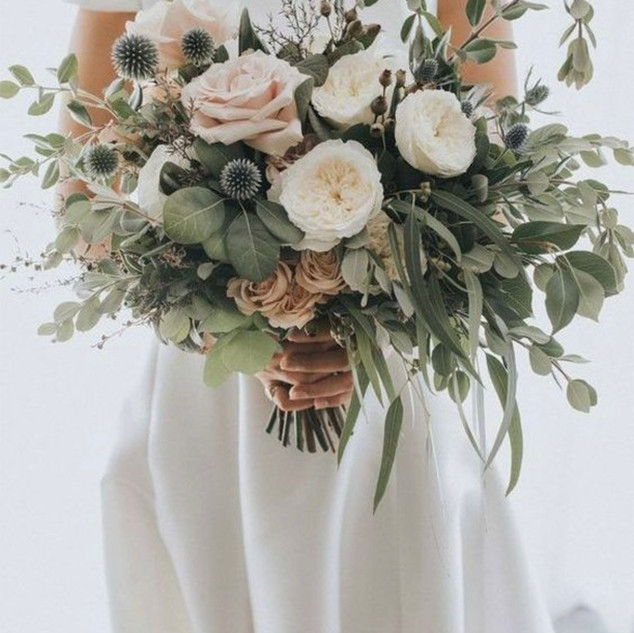 Natural Large Hand Tied Bouquet