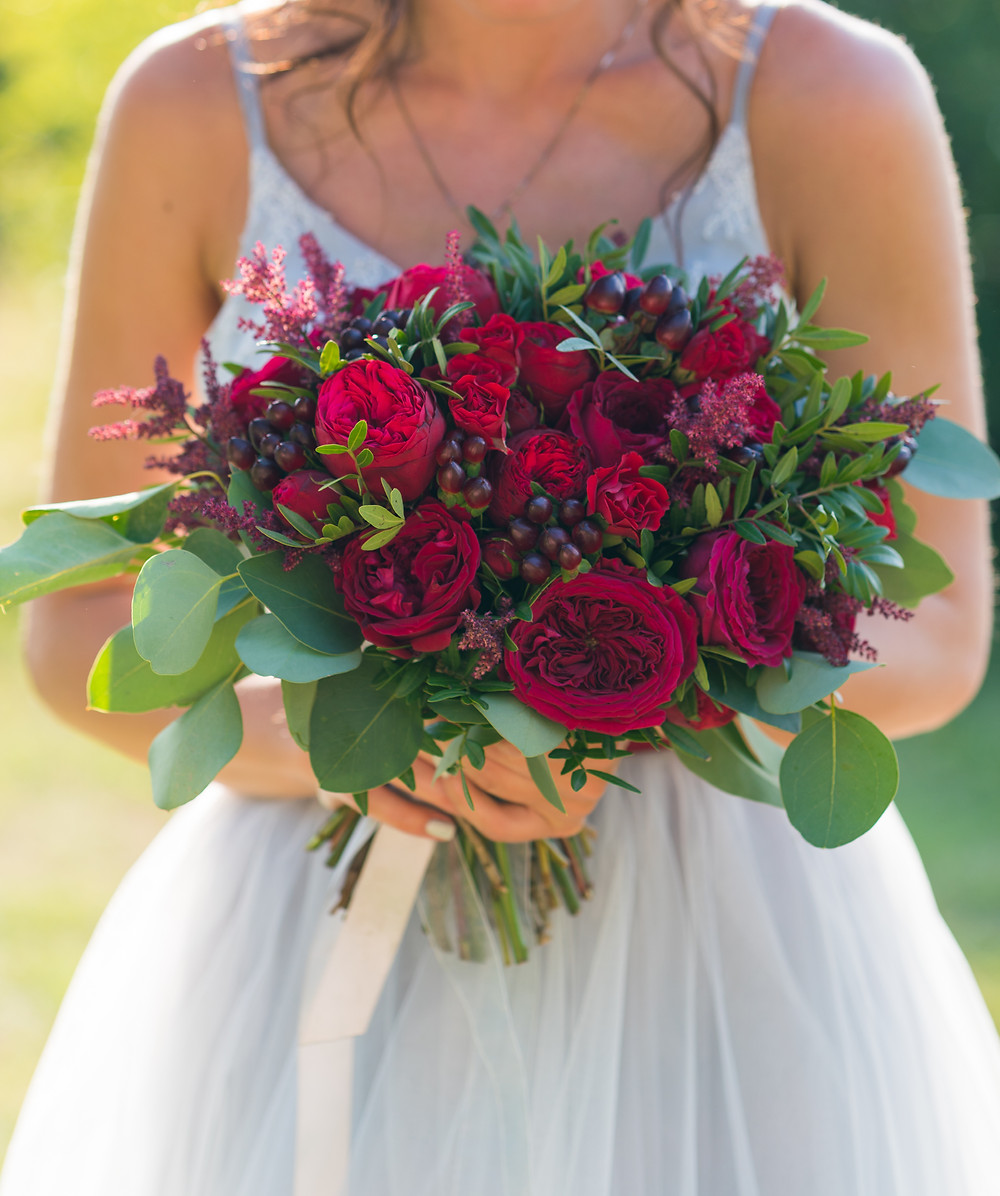 Theatrical wedding bouquet