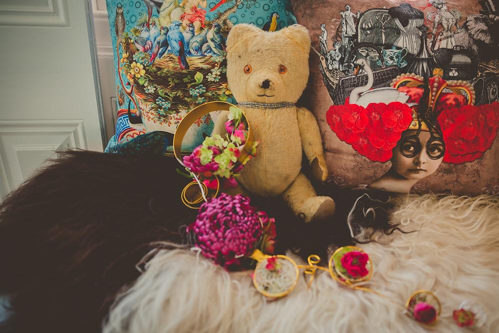 Gold ring wedding bouquet