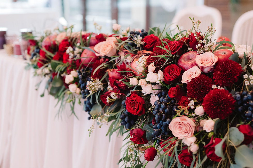 Flowers decoration for weddind table of