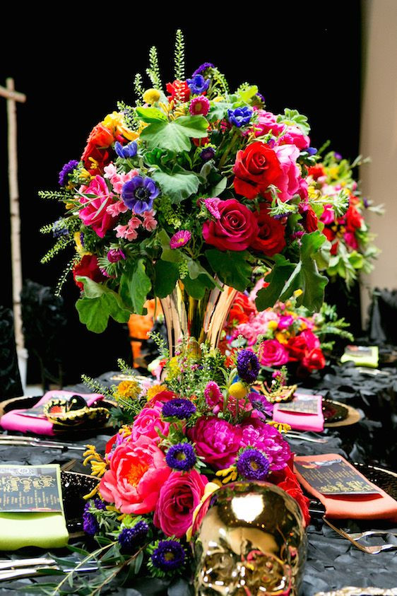 colourfull table decor