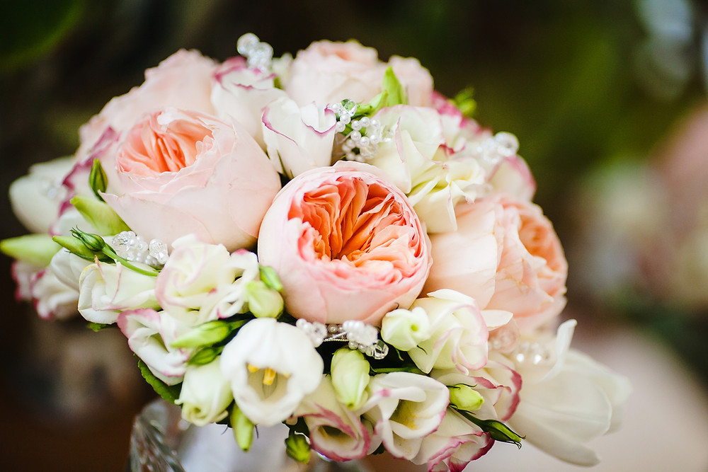 Peach rose wedding bouquet