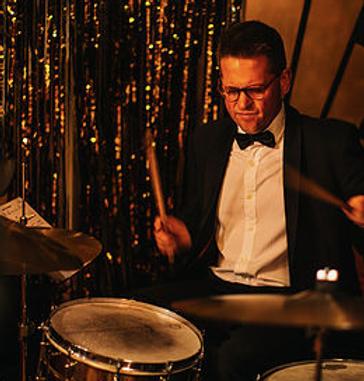 Matt Skelton, drums