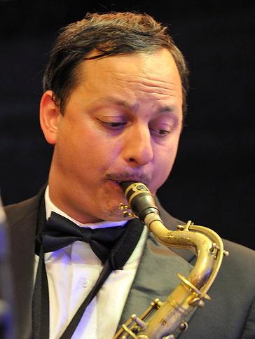 Alex Garnett, sax