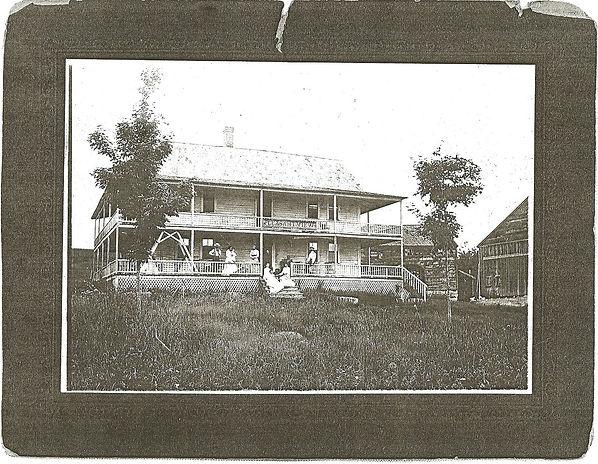Nh+house0001.JPG