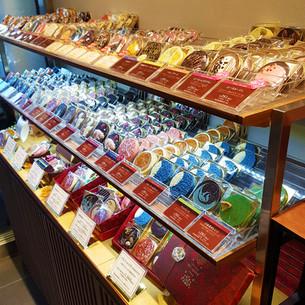 일본의 이미지를 담은 특별한 초콜렛가게「쇼콜라 베르아메르(ショコラ ベルアメール)」은각사점