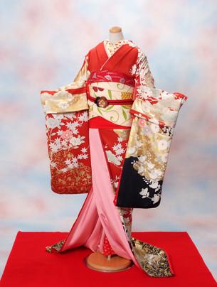 교토를 대표하는 미인「마이코(舞妓)」의 기모노