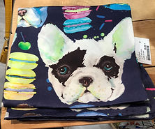 Carré de soie chien photo1.jpg