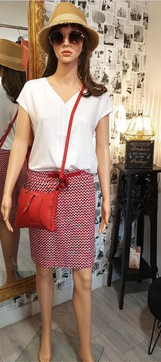 Jupe rouge blanc photo1.jpg