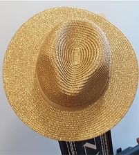 chapeau de soleil doré.jpg